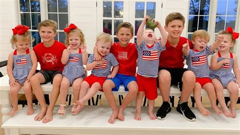 Sweet Home Sextuplets: The Waldrops Used Many Diapers
